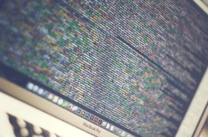 code informatique écran d'ordinateur